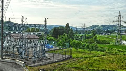 辰巳ダム東岸にある新辰巳発電所