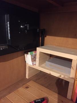 自作のモニターアーム棚