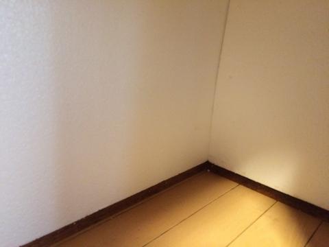 外壁に面した部分に隙間なくはめれば完成