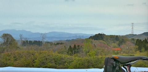 北側の宝達山が見えてきた