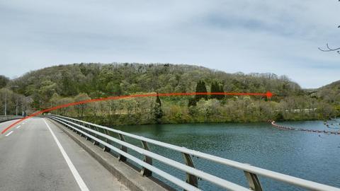 五位ダムも北側に周遊路があるのでそこを目指す