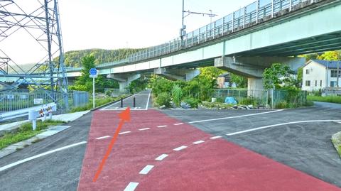 白山鶴来まで戻ってきた、かつてはここを右折して加賀一宮駅でゴールだった