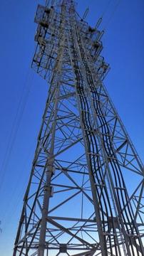北金沢線の途中に突如ある引き上げ鉄塔