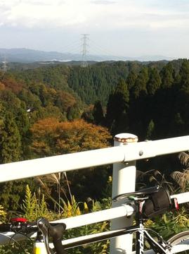石川県道27号より稲葉山方向