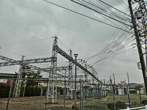 浅野変電所 隣接鉄塔は1つのみ