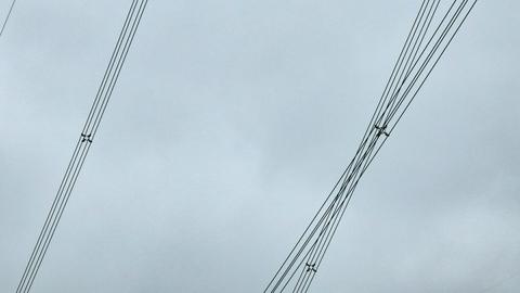 迫力の4導体送電線