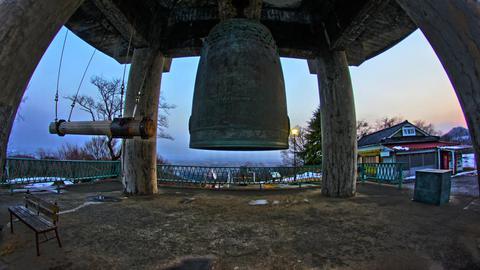 二上山 平和の鐘