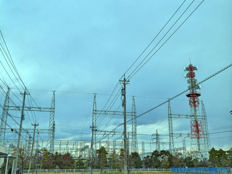 北金沢変電所 154kVエリア側より 左の北金沢線は引き込まれているが右は空
