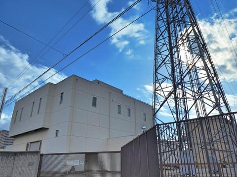 北安江変電所 敷地内鉄塔は4回線引き上げ