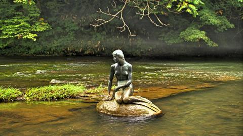 人魚の像(人魚姫)