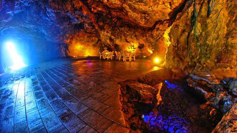 聖域の岬 青の洞窟
