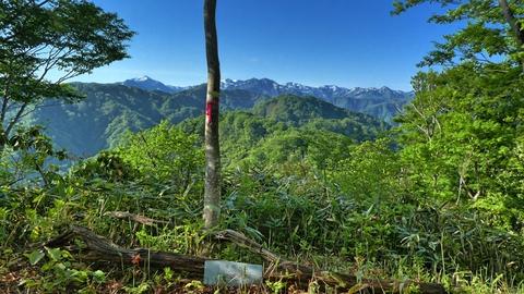 平地からはよく見えない犀川奥の山々が一望。最高の景色