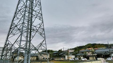 水落変電所はここから1km以上北