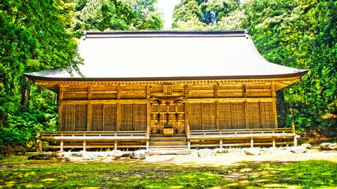 伊須流岐比古神社拝殿